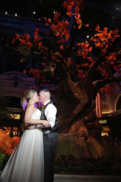 Wedding Of Flowers Las Vegas : Thankgiving day wishes from chapel of the flowers