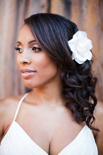 Your Guide for Summer Wedding Hair and Make-up