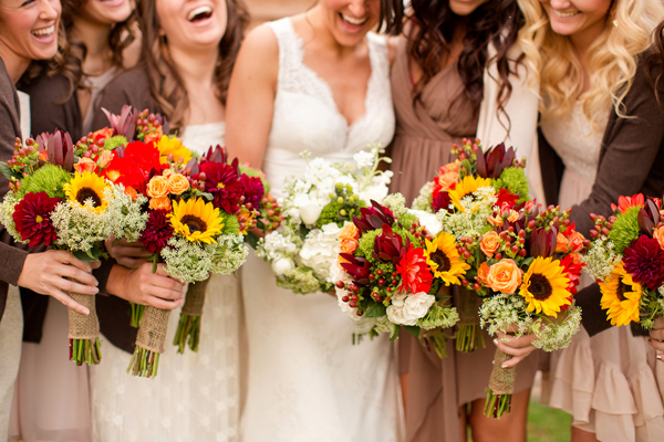 Wedding flower ideas for fall weddings fall wedding flower ideas junglespirit Image collections