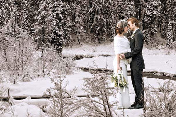 Winter wedding ideas and a festive and romantic wedding