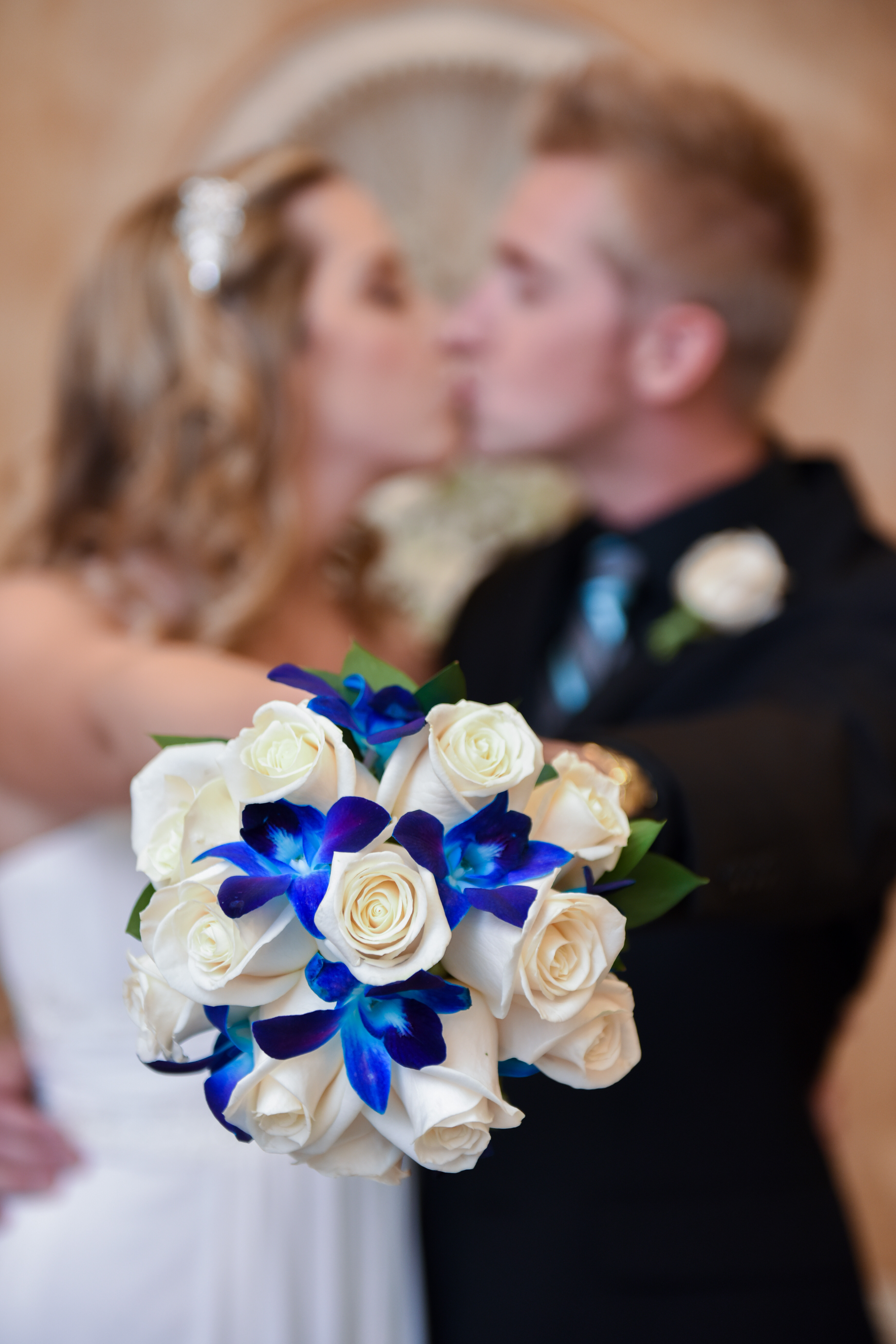wedding bouquets las vegas chapel of the flowers introduces new wedding flowers 8520