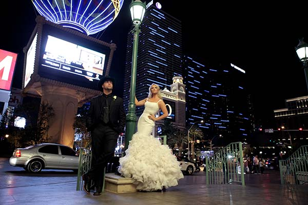 Western Wedding Packages For The NFR Las Vegas Photo Sessions