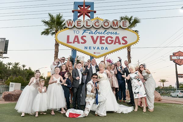 Viva Las Vegas Elvis Weddings By Chapel Of The Flowers