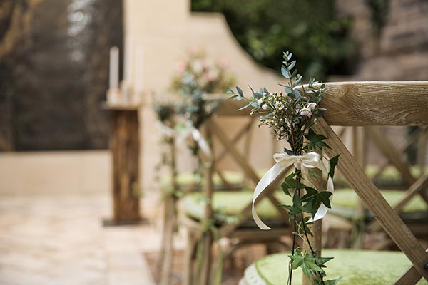 Ceremony Wedding Flower Ideas for Rustic Chic Wedding