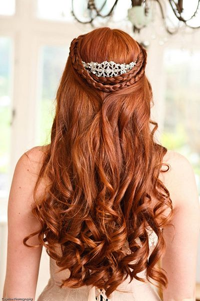 Game of Thrones Wedding Hair with Crown | Game of Thrones Wedding Ideas