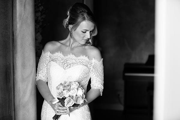 Fall Weddings | Wedding Ideas | Wedding Dress Off the Shoulder