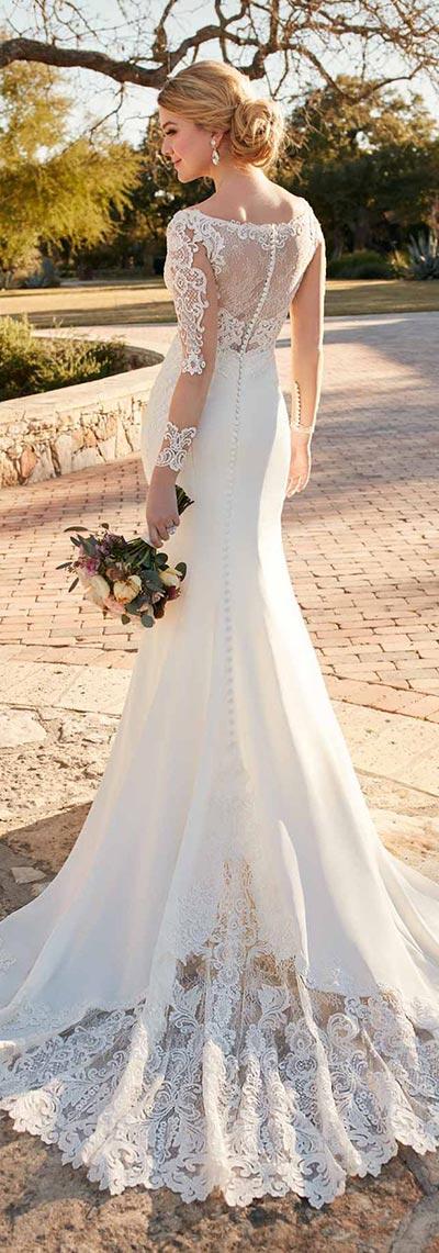 Fall Weddings | Wedding Ideas | Lace Wedding Dress